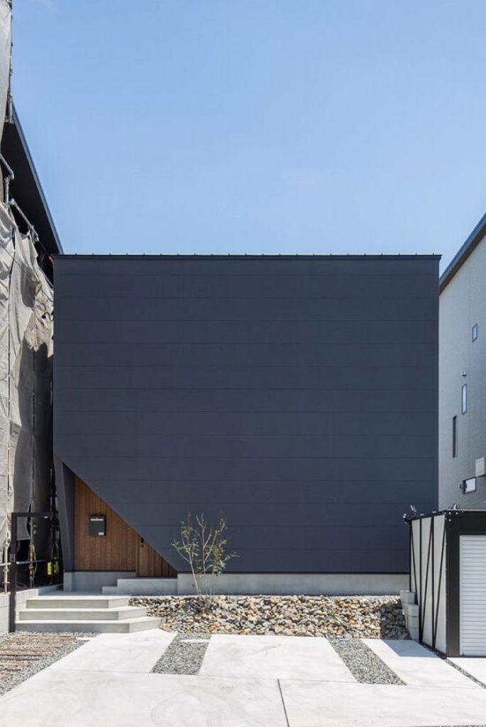 南向きの窓に頼らない採光  -新潟の家を考えるハルモニーレーベンの家-
